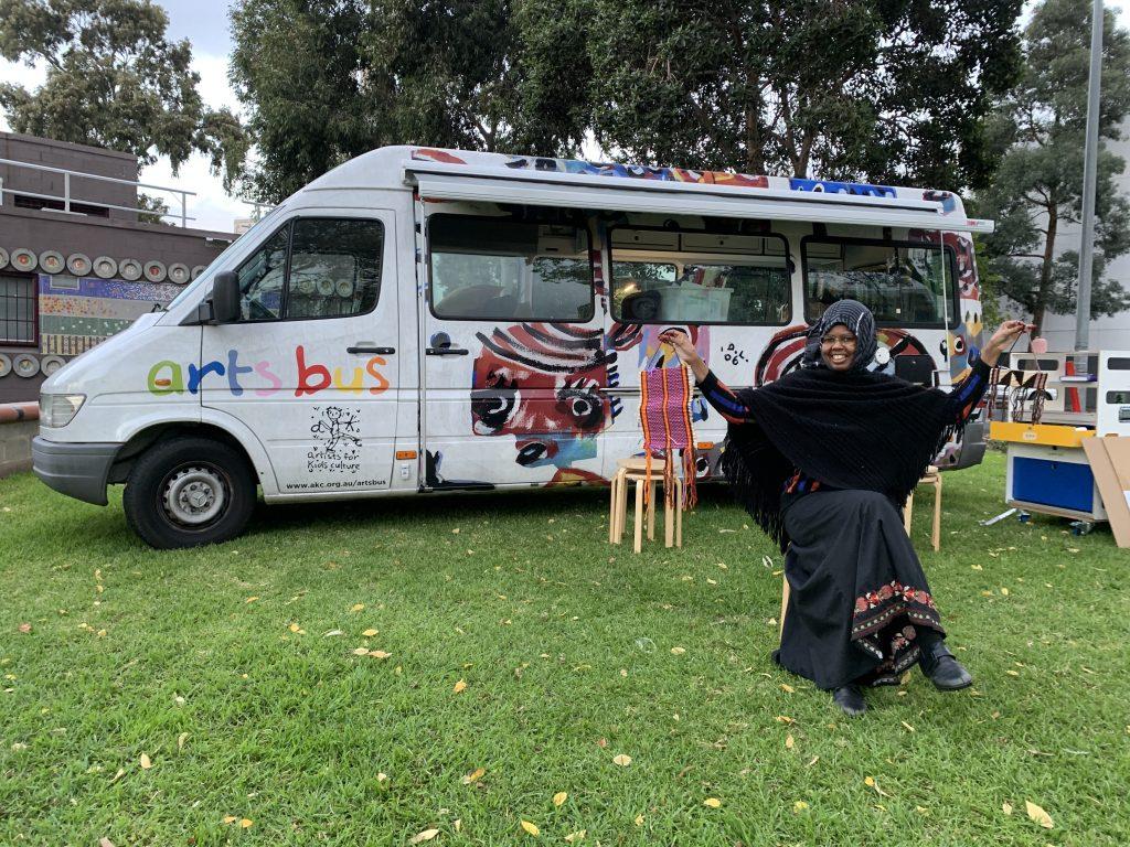 Muhubo at the arts bus